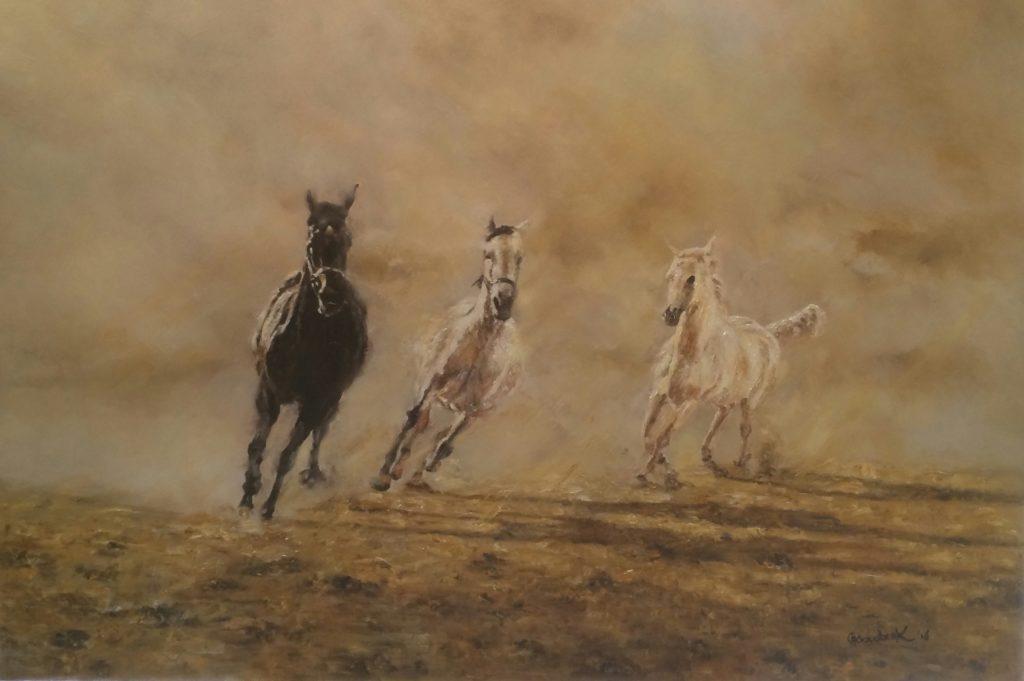 7-arabian-horses-in-the-mist